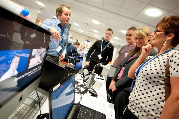 Preston College shows Southport College delegates a range of technologies they use for learners in their Beacon Award winning Innovation and Excellence room.